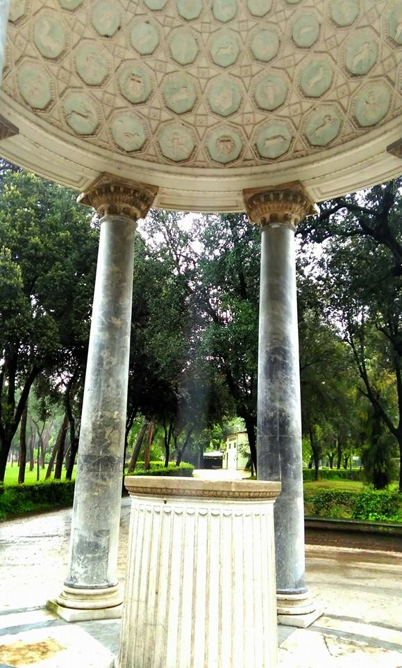 Arte e natura - Tempio di Diana (Villa Borghese)